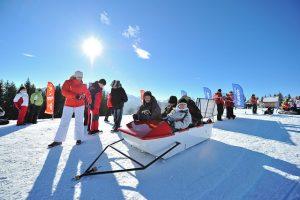 Snow Zabawa Zimowy Park Rozrywki Plac Zabaw Atrakcje Zimowe W